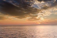 在基韦斯特佛罗里达海洋水的美好的日落  图库摄影