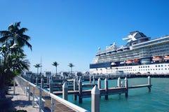 在基韦斯特岛码头,佛罗里达群岛的游轮 免版税库存图片