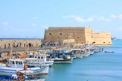 在堡垒伊拉克利翁的看法在克利特海岛上 免版税库存照片