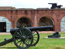 在堡垒Pulaski的大炮 免版税库存图片