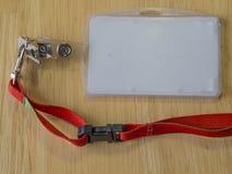 在塑料的公司识别卡空的白色名牌与 免版税库存图片