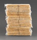 在塑料的薄脆饼干 库存图片