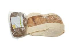 在塑料袋的面包 免版税库存图片