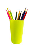 在塑料玻璃的色的铅笔 免版税图库摄影