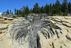 在塔夫脱点优胜美地,加利福尼亚的深裂痕 库存照片