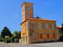 在塔的钟表机构 库存照片