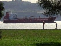 在塔霍河的船 图库摄影