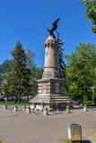 """在塞尔维亚无背长椅期间的纪念碑下落的战士打仗,年龄1876†""""1877,皮罗特,共和国塞尔维亚 免版税库存照片"""