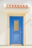 在塞浦路斯的海岛上的议院 免版税图库摄影