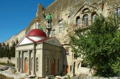 在塞瓦斯托波尔附近的洞修道院 库存图片