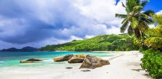 在塞舌尔群岛海岛上的热带天堂 Mahe 库存照片