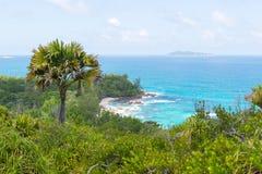 在塞舌尔群岛的热带海滩 免版税库存照片