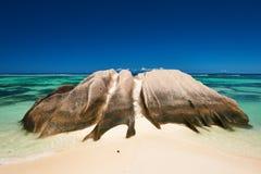 在塞舌尔群岛的美丽的海滩 图库摄影