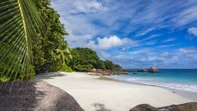 在塞舌尔群岛17的天堂海滩 免版税库存照片