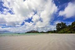 在塞舌尔群岛27的天堂海滩 免版税库存图片