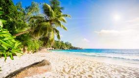 在塞舌尔群岛2的天堂海滩 图库摄影
