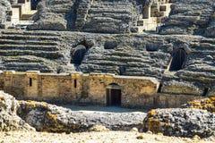 在塞维利亚之外的古老罗马圆形露天剧场 免版税库存照片