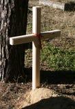 在墓地的交叉 免版税库存照片