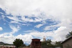 在墓碑亚利桑那的大西部天空 免版税库存照片