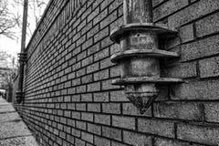 在墙壁一边的灯柱在阿什维尔,北卡罗来纳, U 免版税库存图片