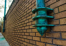 在墙壁一边的灯柱在阿什维尔,北卡罗来纳, U 库存照片