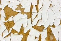 在墙壁上的削皮油漆 库存图片