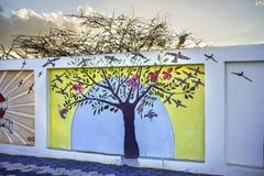在墙壁上的树 免版税图库摄影