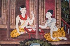 在墙壁上的艺术泰国绘画在寺庙wat phra kaeo曼谷居住在泰国的泰国 免版税库存图片