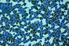 在墙壁上的蓝色马赛克 图库摄影