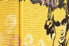 在墙壁上的街道画有路德维格・范・贝多芬画象的  免版税库存照片