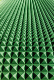 在墙壁上的绿色抽象透视 库存照片