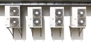 在墙壁上装配的空调系统 免版税库存照片