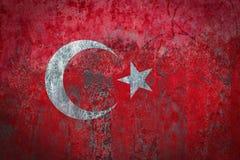 在墙壁上绘的土耳其旗子 库存图片