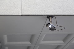 在墙壁或监视安装的CCTV照相机 库存图片