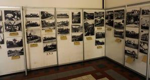 在墙壁照片显示的黑白照片拍在三宝垄印度尼西亚 免版税库存图片