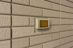 在墙壁的一个插口 免版税库存照片