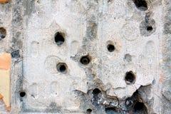 在墙壁的弹孔 库存图片