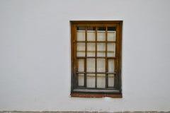 在墙壁的视窗 免版税库存照片