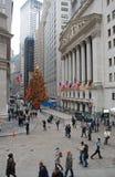 在墙壁的Christmastime &宽广 库存照片