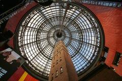 在墨尔本中央商城的塔 库存图片