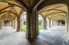 在墨尔本大学的老法律四边形,澳大利亚 库存图片