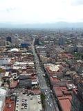 在墨西哥城街道的太阳  免版税图库摄影