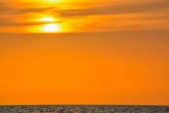 在墨西哥湾的日落印地安岩石海滩的在佛罗里达 图库摄影