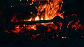 在壁炉的火 股票录像