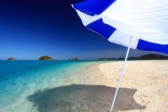 在夏令时的华美的海滩 免版税库存图片