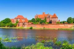 在夏天风景的马尔堡城堡 库存照片