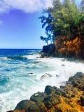 在夏威夷的大岛的岩石海岸线 免版税库存照片