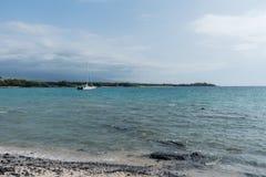 在夏威夷的大岛的晴朗的Kohala海岸远景 免版税库存照片