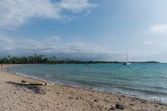 在夏威夷的大岛的晴朗的Kohala海岸远景 库存照片