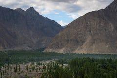 在夏季的斯卡都谷在一个早晨,基尔吉特Baltistan, P 库存照片